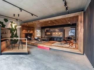 Showroom design - Hakwood Studio Tirol Industriële winkelruimten van Standard Studio - Amsterdam Industrieel