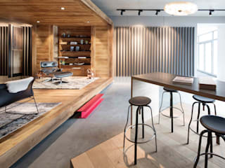 Showroom design - Hakwood Studio Tirol:  Winkelcentra door Standard Studio - Amsterdam