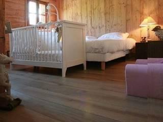 Dormitorios de estilo clásico de PAUMATS S.L. Clásico