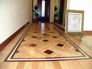 Couloir et hall d'entrée de style  par Luxury Wood Flooring Ltd, Moderne