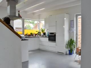 """Haus """"F"""", Havixbeck-Hohenholte Moderne Küchen von arieltecture Gesellschaft von Architekten mbH BDA Modern"""