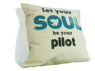 let your soul be your PILOT: styl , w kategorii  zaprojektowany przez MAQUDESIGN