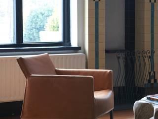 Fauteuils: modern  door Label | van den Berg, Modern