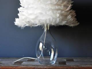 Lampka stołowa ANGEL Klasyczna sypialnia od Monkey Machine Magdalena Jasyk Bartczak Klasyczny