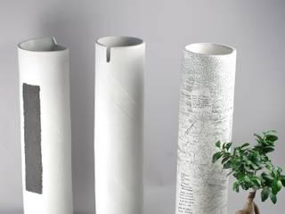 Grands vases en porcelaine:  de style  par Atelier Entre Terres
