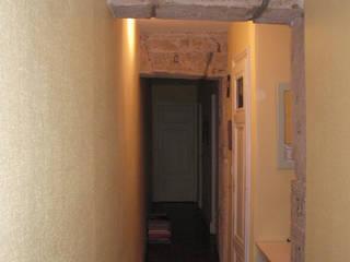 Rénovation appartement A. Lyon (6ème) Couloir, entrée, escaliers classiques par Marion Bochirol Architecte d'Intérieur CFAI Classique