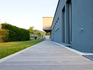 Einfamilienhaus Moderne Häuser von xs-architekten Modern