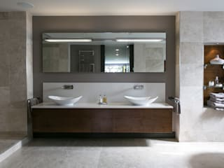 The Ultimate Sophistication Eclectic style bathrooms by Finite Solutions Eclectic