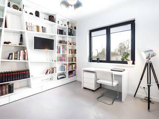 Study/office by COCO Pracownia projektowania wnętrz