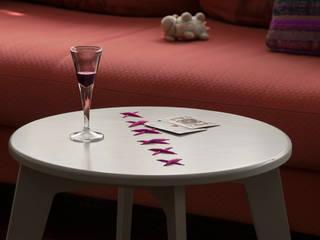 STITCHED  coffee table_warm gray lacquered_fuchsia string:  in stile  di metrocuadro-design