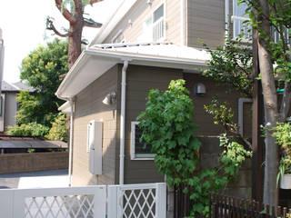 早稲田のシェアハウス: 奥村召司+空間設計社が手掛けた家です。