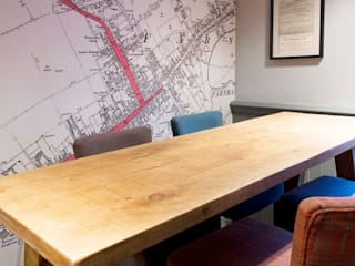 Bespoke map wallcoverings Eclectic style gastronomy by Tektura Wallcoverings Eclectic