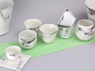 vaisselle porcelaine par Atelier Entre Terres Moderne