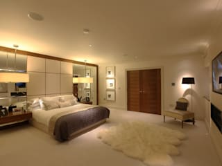Modern contemporary bedroom by Sarah Ward Associates : modern Bedroom by Sarah Ward Associates