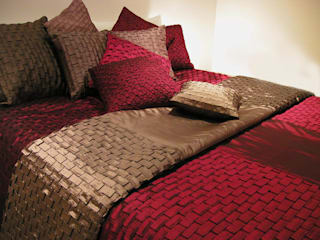 Throw & Cushion Sets Nitin Goyal London BedroomTextiles