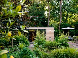 Garden House B. Moderne Häuser von Atelier 010 Modern