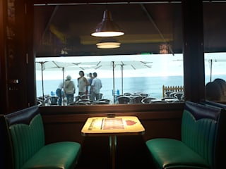 Classic bars & clubs by ERRASTI Classic