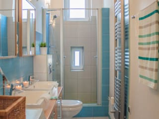 Bathroom by Studio projektowe SUZUME