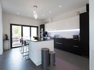agence MGA architecte DPLG Minimalist kitchen