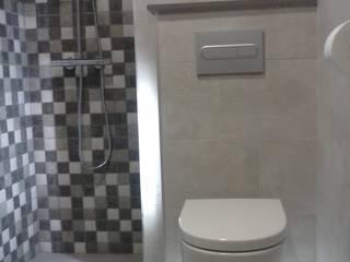 Reforma de baño 02 River Cuina Baños de estilo moderno