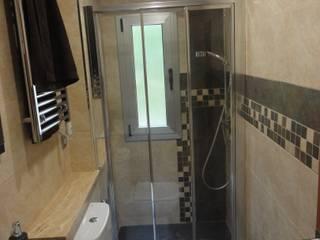 Reforma de baño 01 River Cuina Baños de estilo moderno