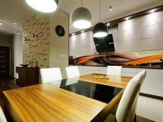 Mieszkanie na Mokotowie Nowoczesna kuchnia od ZAWICKA-ID Projektowanie wnętrz Nowoczesny