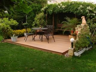 Hochbeete, Terrassen und Pergolen BEGO Holz und Stahl Mediterraner Balkon, Veranda & Terrasse