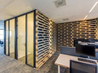 Pointlogic:  Kantoorgebouwen door MHS Ontwerpt