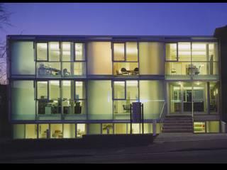 Bürohaus:  Bürogebäude von Innenarchitektur und Kunst