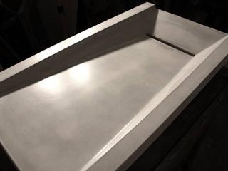 Asymmetrical Concrete Ramp Sink : minimalist  by Forma Studios , Minimalist
