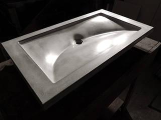 Crescent Wave Concrete Sink : minimalist  by Forma Studios , Minimalist