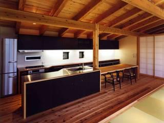 キッチン:  井上久実設計室が手掛けたキッチンです。