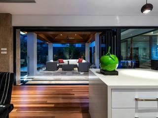Alfresco, Outdoor Living, Patio, Deck 根據 Moda Interiors 現代風