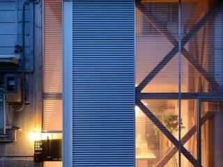 生野区 の長屋 - Row house of Ikunoku: 林泰介建築研究所が手掛けた家です。