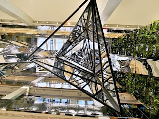 Tetrascopes:  Geschäftsräume & Stores von ART+COM Studios