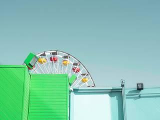 Santa Monica's Pier: Case in stile in stile Minimalista di Alessandro Barattelli