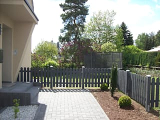 Jardines de estilo moderno de BEGO Holz und Stahl Moderno