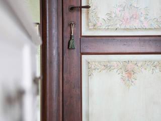 """Дверь фабрики """"NDP"""".: Окна и двери в . Автор – Мария Остроумова"""