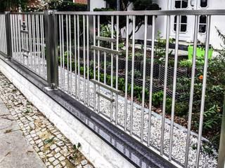 Realizacja ogrodzenia 17: styl , w kategorii  zaprojektowany przez Armet