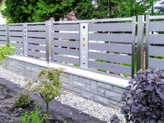 Realizacja ogrodzenia 21: styl , w kategorii  zaprojektowany przez Armet