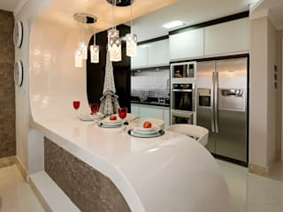 Apartamento Indaiatuba: Cozinhas  por Designer de Interiores e Paisagista Iara Kílaris