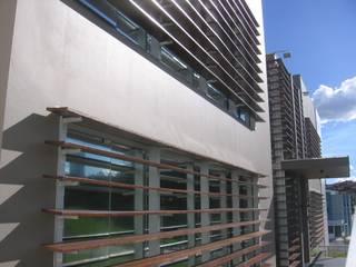 Edifício Corporativo ACG Edifícios comerciais modernos por Sérgio Machado Arquitetura Moderno