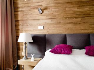 ミニマルスタイルの 寝室 の Jacek Tryc-wnętrza ミニマル
