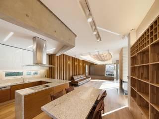 내곡동 천경재: 제이에이치와이 건축사사무소의  다이닝 룸