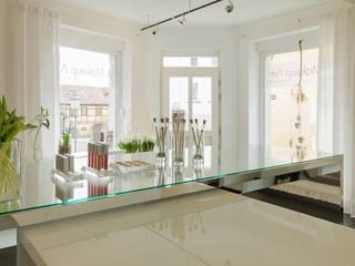 Makeup Artistin Annett Anders - Atelier:  Ladenflächen von Design Office Mattausch