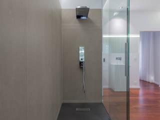 Badumbau: moderne Badezimmer von Design Office Mattausch