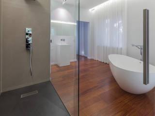 Badumbau:  Badezimmer von Design Office Mattausch