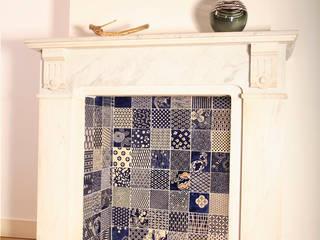 Japanese textile:  Woonkamer door José den Hartog