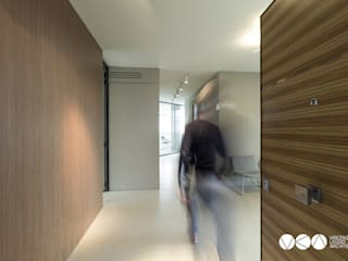 Modern study/office by Vincenzo Leggio Architetto Modern