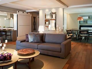 Living Moderno: Salas de estar  por KTA - Krakowiak & Tavares Arquitetura